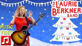 """Christmas Lights"" by The Laurie Berkner Band - Best Holiday Kids Songs"