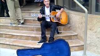 Justin Bieber Busking in Stratford - June 16 2012 - I'll Be (Goo Goo Dolls) - Part 1