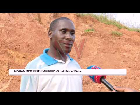 Artisanal miners risk lives to eke out a living