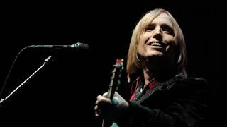 Tom Petty And The Heartbreakers    Here Comes My Girl