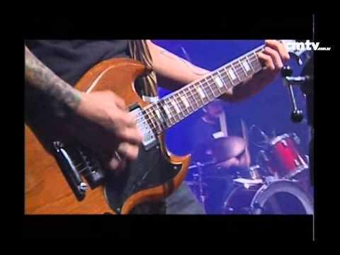 2 Minutos video Mala suerte - CM Vivo - Mayo 2009