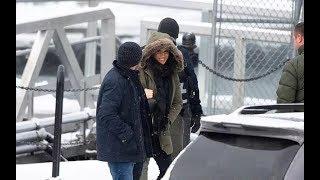 39歲梅根現身加拿大,在大雪紛飛中笑容燦爛,終於恢復了自由身|宮廷秘史|