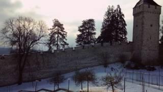 スイス発 ルツェルン・雪のムーゼック城壁【スイス情報.com】