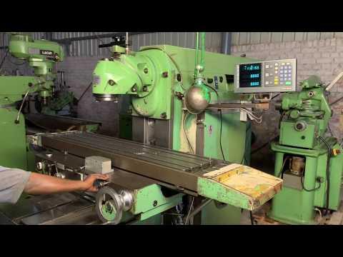 Arsenal FU321 Universal Milling Machine