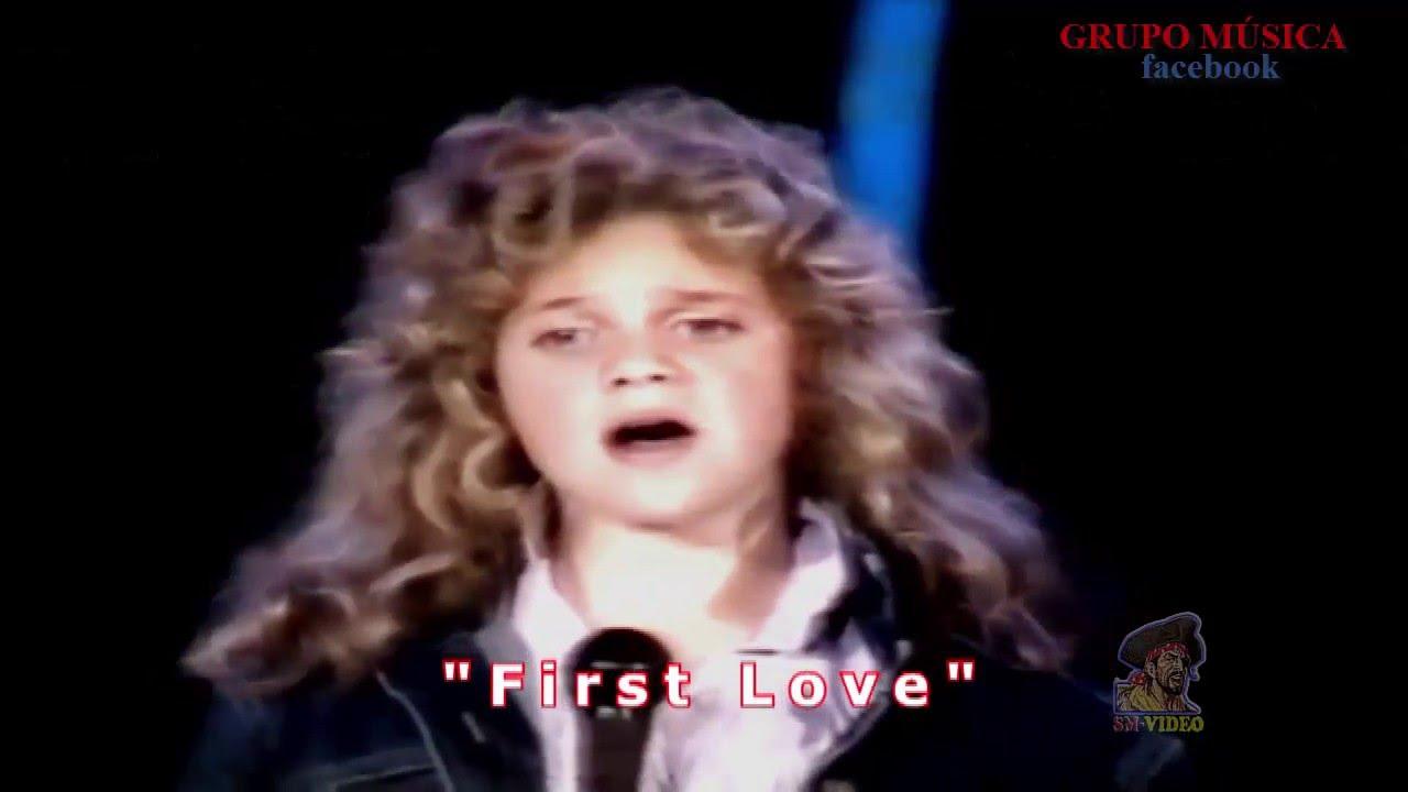 Lirik Lagu First Love - Nikka Costa dan Terjemahan