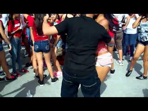 El mundo quiere bailar