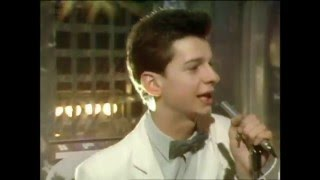 Depeche Mode - Just Can't Get Enough (TOTP 1981 HD)