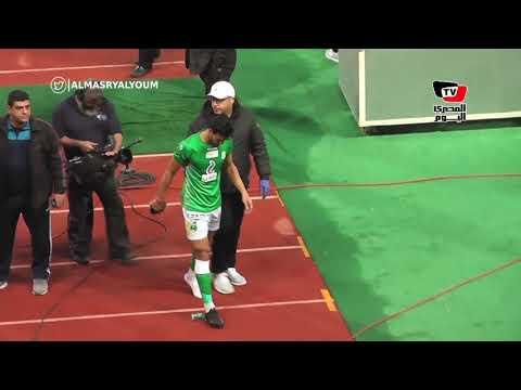 سباب جماعي من جماهير «الإتحاد» لحكم المباراة عقب طرد محمود رزق