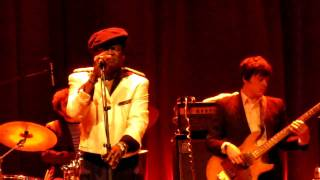 Charles Bradley & The Menahan Street Band - No Time For Dreaming
