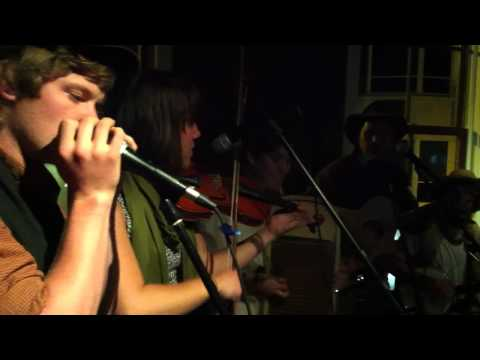 The Found Outsides: Bluegrass Medley