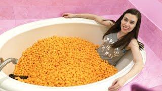 CHEESE BALL BATH EXPERIMENT!!!