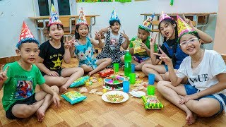 Kids Go To School | Chuns Traveling Have Fun With Your Friends Eat Birthday Cake Last Time