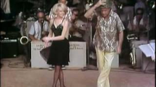 USO Christmas Show-Cu Chi, Vietnam 1966