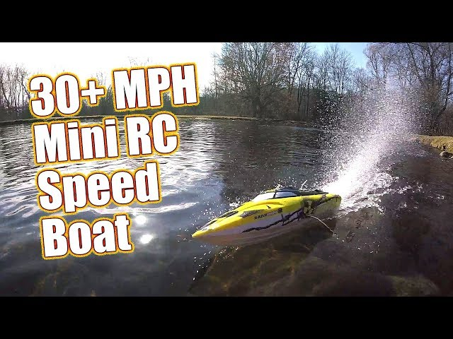 "30+MPH Self-Righting 17"" RC Speed Boat - Atomik Barbwire 2 Racing Boat Running & Review 