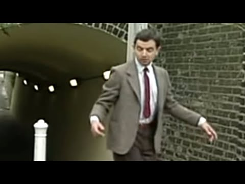 A Classic Mr. Bean Sketch: Finding CHange