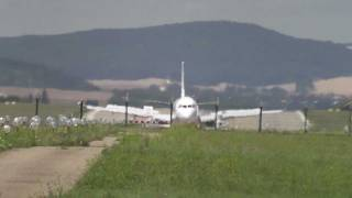 preview picture of video 'Holidays Czech Airlines - landing Brno Airport LKTB'