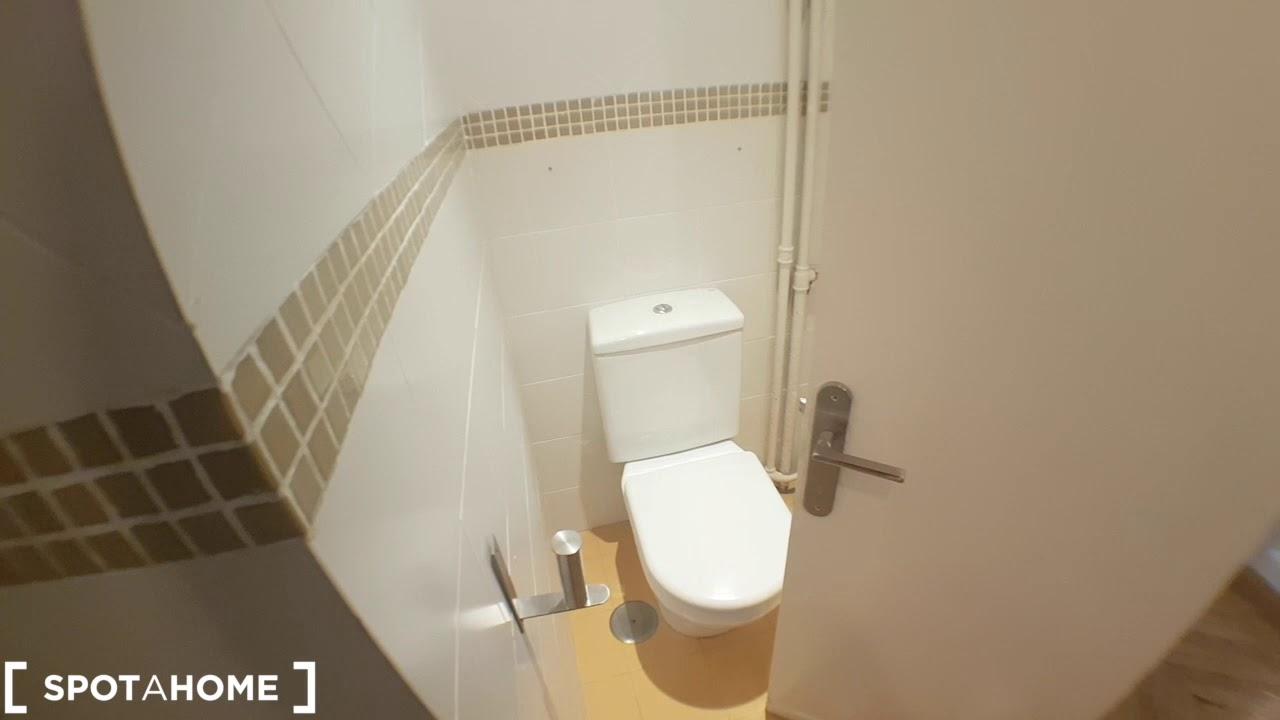 Single Bed in Cozy rooms for rent in 6-bedroom apartment in Nueva España