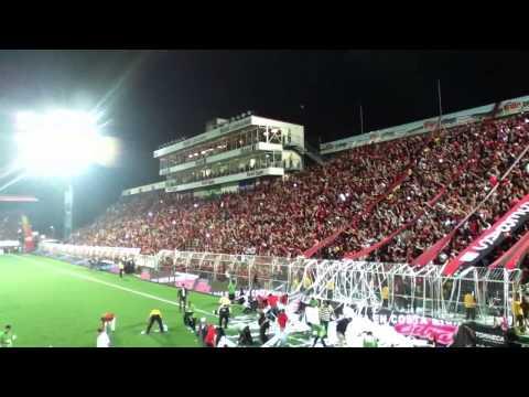 """Infierno Rojinegro - Liga Deportiva Alajuelense 1 - 0 LocaS - Con la Gloriosa #12"" Barra: La 12 • Club: Alajuelense"