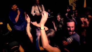 Jump in the Line (Shake Señora) - The Routine [Harry Belafonte Cover]