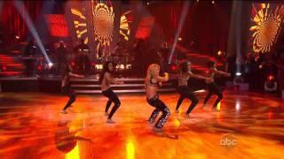 Gambar cover Shakira - Loca [HD 720p] - Dancing With The Stars [10.19.10]