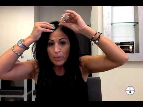 Attivatore femminile di ritiri di appuntamento di video