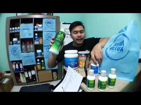 Beberapa produk yang menarik bagi wanita yang dijual di apotek