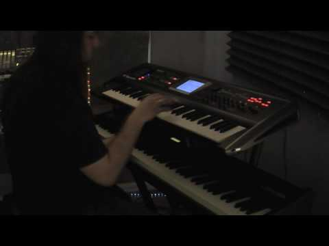 Ambient jam with Wesley Dysart on the Alesis QS8 & Roland V-synth