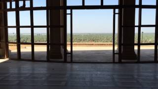 preview picture of video 'A walk round the abandoned Winter Palace of Saddam Hussein in Babylon, Iraq'