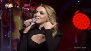 Hadise - Düm Tek Tek (TV8 Yılbaşı Konseri 2013)