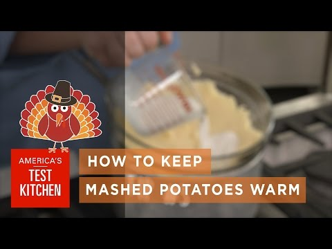 Keep Your Mashed Potatoes Warm And Ready To Eat With These Three Tricks