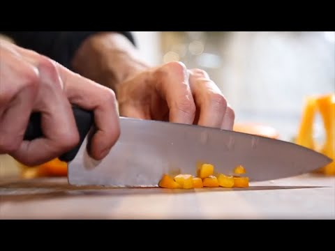 HOW TO SLICE AND DICE PEPPERS
