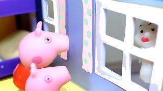 Свинка Пеппа  Мультфильм для детей из игрушек. Возвращение привидения. Peppa Pig