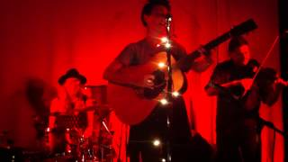 Apples & Eve - L'Homme (The Man) - live in Brighton