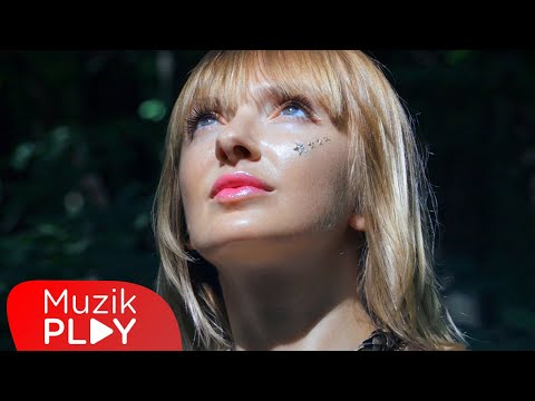 Nihan - Parla (Official Video) Sözleri