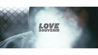 Bas |  Love Souvenir