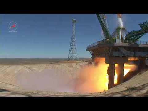 Progress M-27M launch