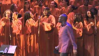 """""""Purple""""  Donnie McClurkin - Total Praise Mass Choir (Gospel Festival de Paris)"""
