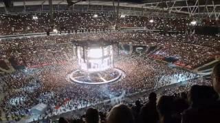 Someone Like You   Adele (fancam 290617) Fans Sing Along