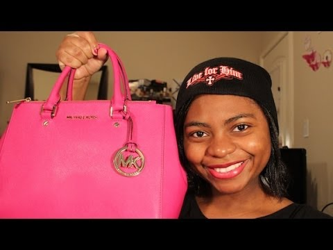 What's In My Michael Kors Dressy/Sutton Tote + Review