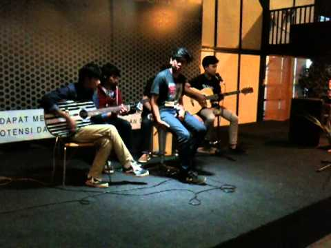 Rocket From Alaska - Lupakan Dia (Accoustic) at Neo cafe