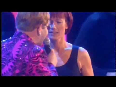 ELTON JOHN & KIKI DEE - DON'T GO BREAKING MY HEART - LIVE 2.000 (HQ-856X480) 3D VIDEO