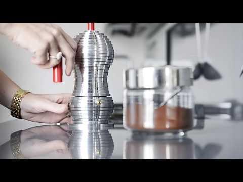 Pulcina Espressokocher von Michele De Lucchi