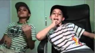 Gorillaz - Clint Eastwood - Two Mini Descarga Boys
