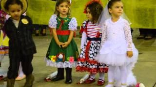 Abre A Porta Mariquinha - Festa Junina 2015 - Música Sandy & Júnior
