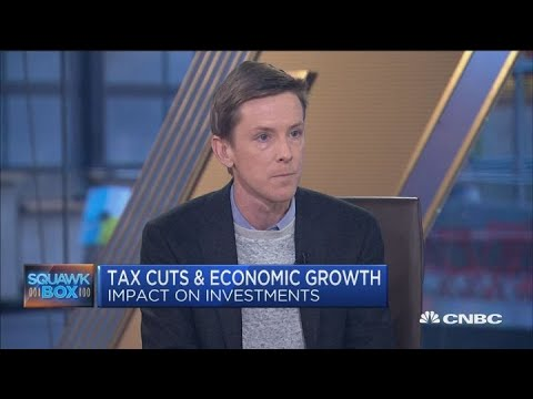 Facebook co-founder Chris Hughes on how tax cuts and economic growth impact investments