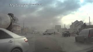 Новороссийск авария 27.01.2015 летящая фура без тормозов.
