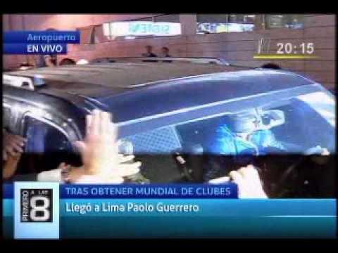 Guerrero foi recebido por uma grande quantidade de fãs na sua chegada a Lima