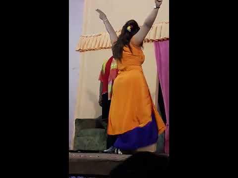 Sheza butt  hot n sexy ...