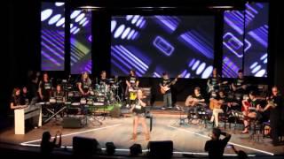 Musiclin Escola De Música | Musiclin In Concert 2014 | Música: Skyscraper