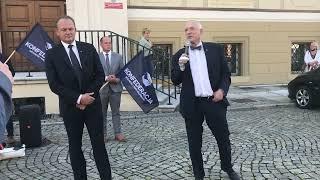 Wideo1: Janusz Korwin-Mikke w Lesznie
